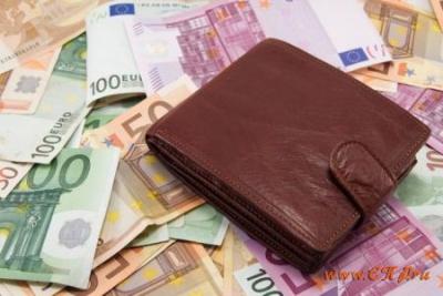 В ЕС планируют платить безусловный доход каждому гражданину: фото 5154466