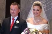Депутат от КПРФ Денис Вороненков, уехавший на Украину со своей супругой, являющейся депутатом от